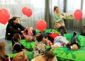 oplæsning af Spisegrisens Ballladedag på Gentofte Centralbibliotek
